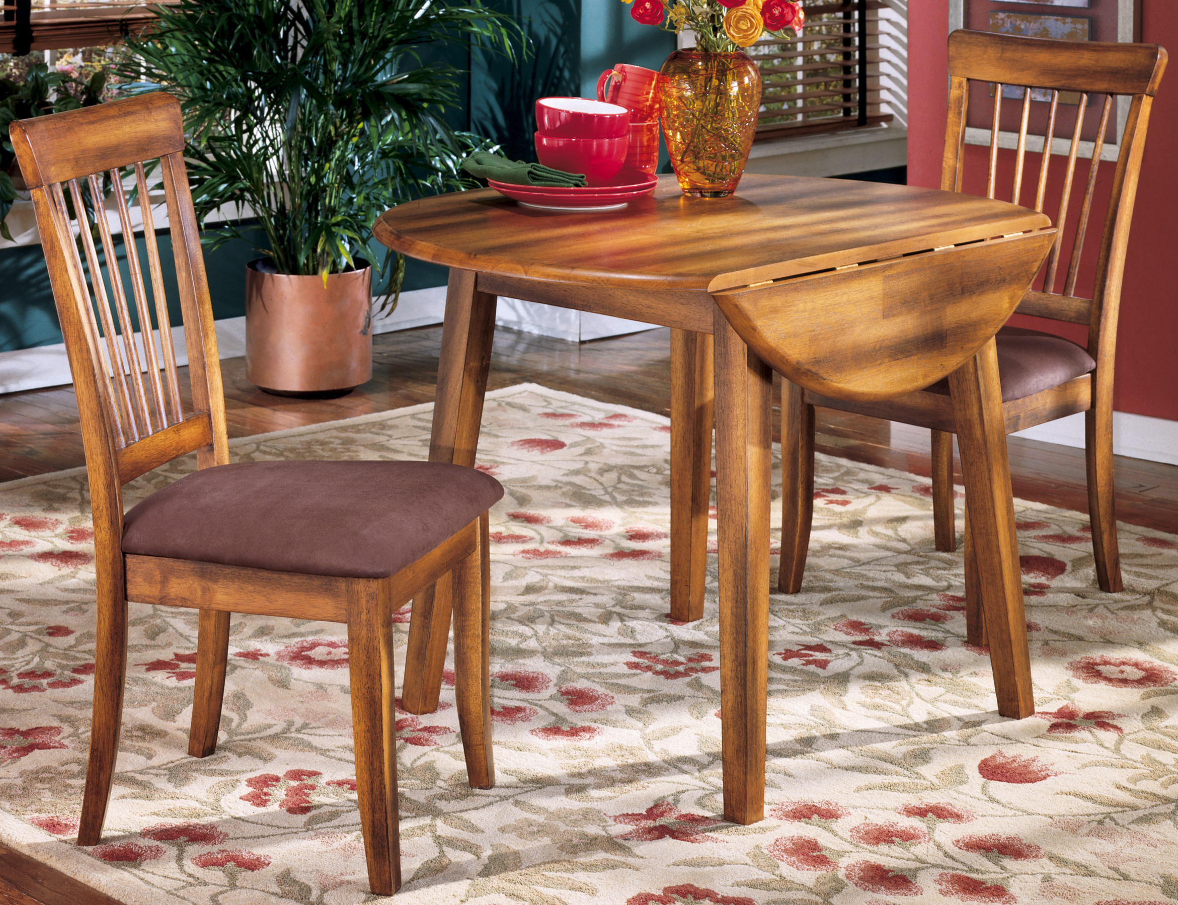 drop-leaf table side chairs